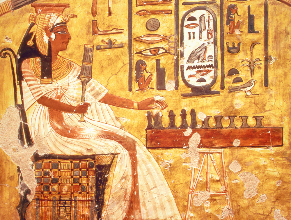 relief fresco painting of queen nefertiti playing a game